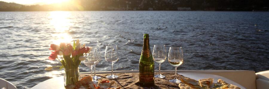 moon lake dinner como lake charter boat
